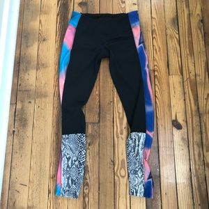 Onzie color block leggings